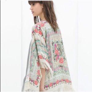 Zara Floral Print Kimono ❣️